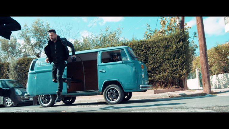 Giorgos Tsalikis Knock Out Gia mia kapsoura zw Official Video Clip